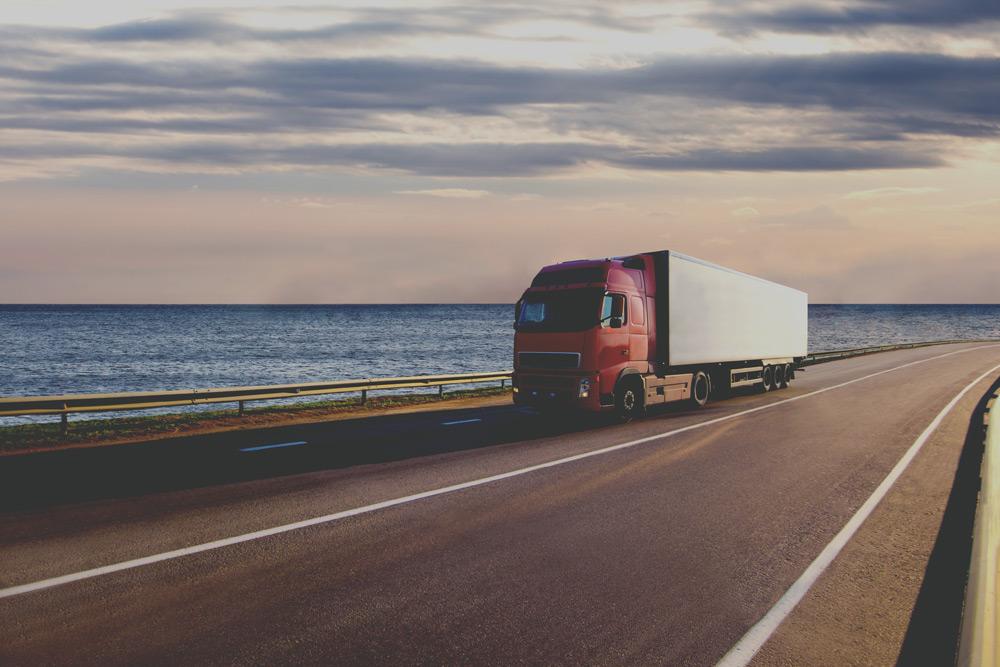 Pneus réchappés pour des camions de type poids lourds